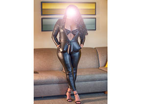 Chicago Escorts-Magda